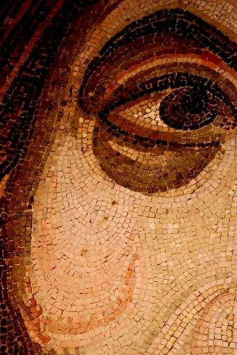 Христос Пантократор (Вседержитель). Мозаика монастыря Дафни близ Афин. Конец XI века. Лик.