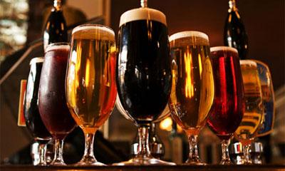 Поздравляем с Днём пивовара! Поздравляю!