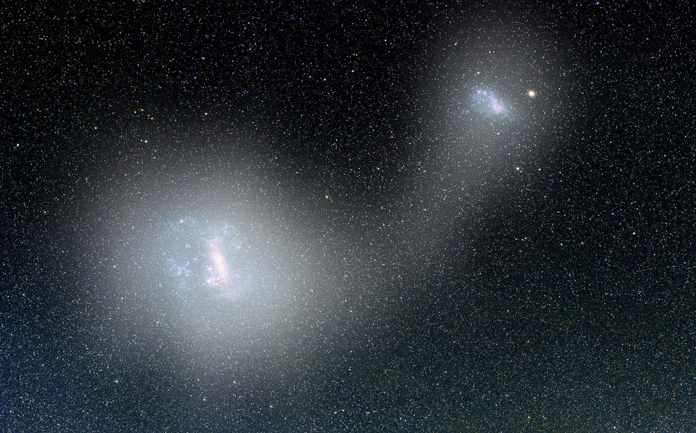 The Large Magellanic Cloud could swallow up the neighboring galaxy of the galaxy, luminaries, clouds, Magellan, stars, very, opinion, chemical, composition, Magellan, stars, neighboring, Large, neighbor, Small, cloud, Large, back, are the cause