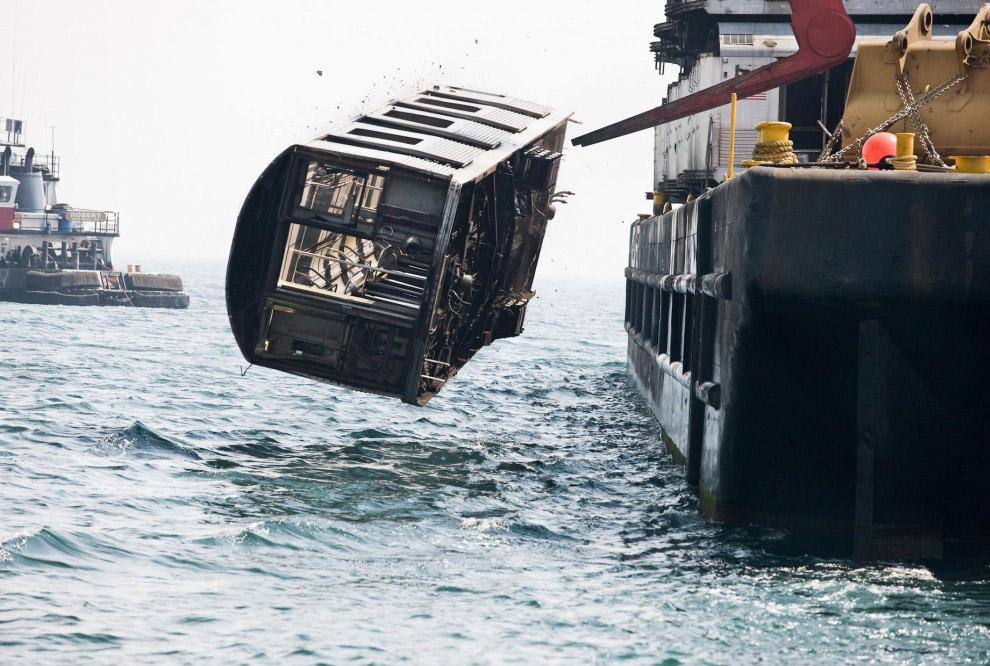 Искусственный риф из вагонов нью-йоркского метро: