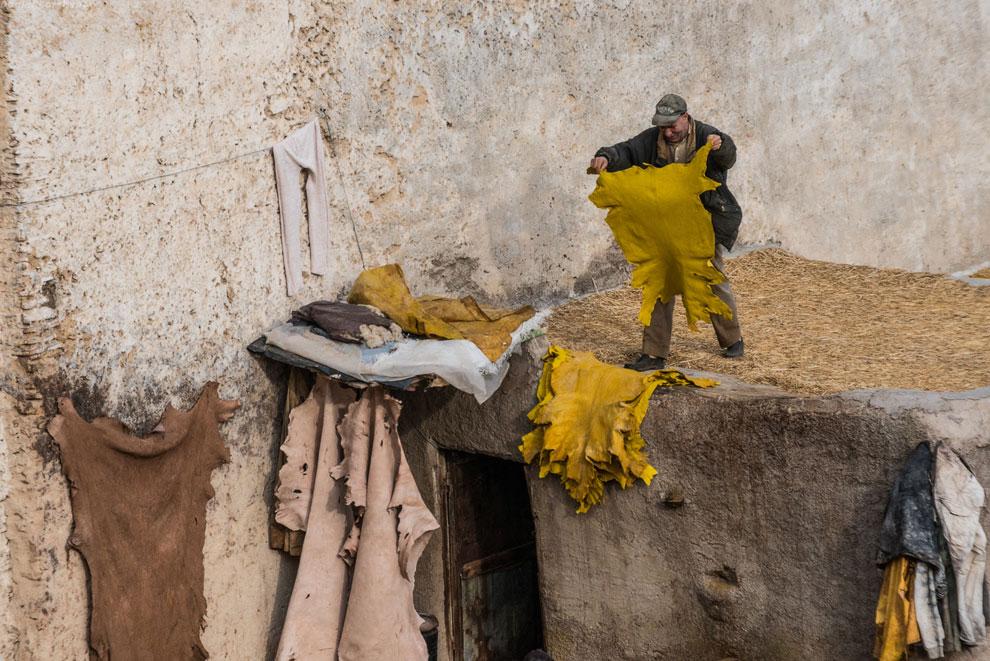 Хитрый марокканец, провожая нас расстроенным взглядом, ещё не раз пытался предложить нам «best