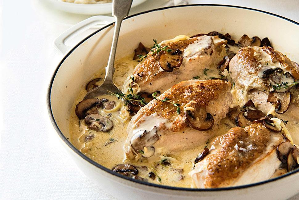 Несмотря на кажущуюся простоту, такое блюдо подойдет как для тихого семейного ужина, так и для празд
