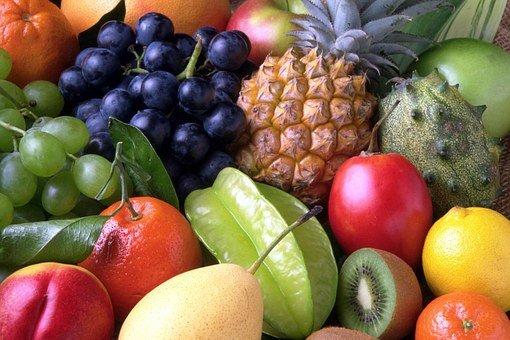 Сповышенной кислотностью желудка помогут справиться некоторые фрукты