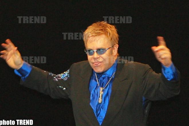 Картинки по запросу Элтон Джон отменил серию концертов из-за болезни