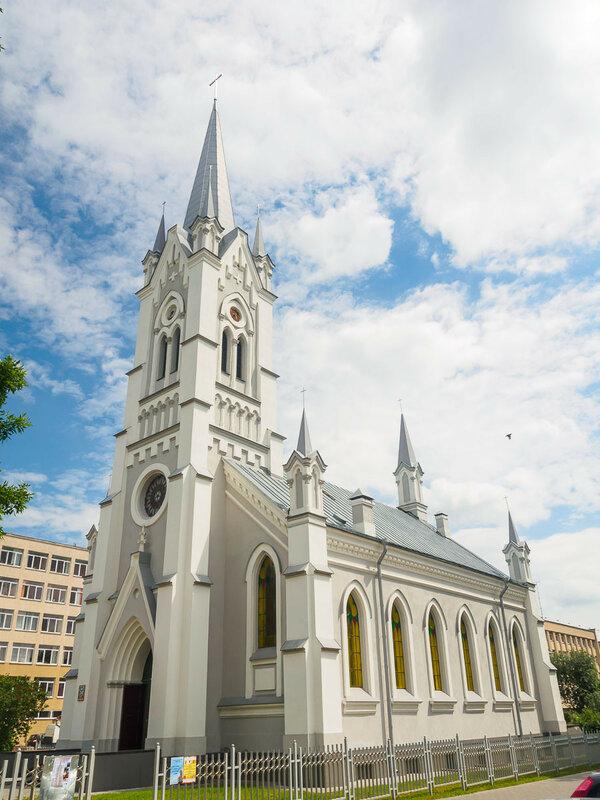 Кирха на улице 1 мая. Единственная лютеранская церковь, замеченная мной в поездке.