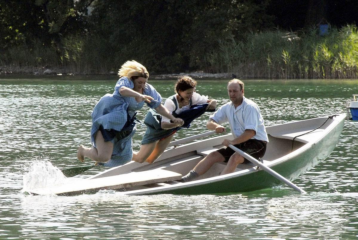 Мы глушим рыбу, но не динамитом: Сброс глубинных бомб в акватории озера
