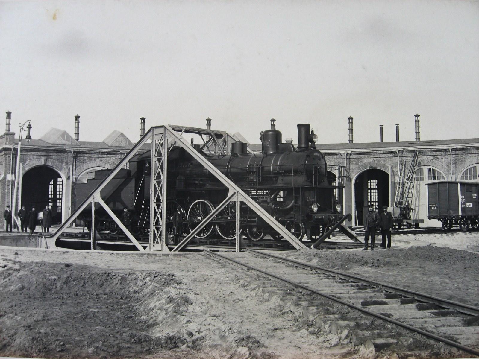 09. Паровозное депо на станции Муром