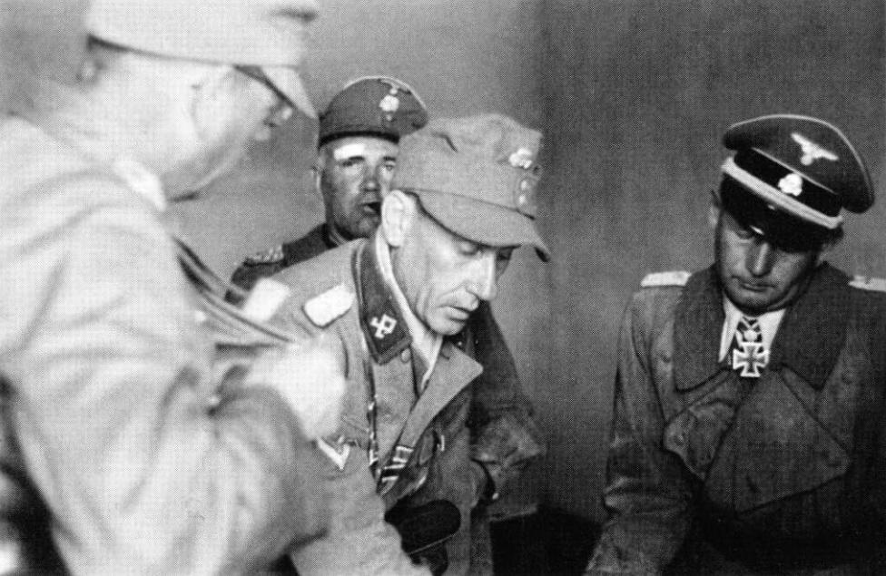 SS Prinz Eugen division officers.jpg