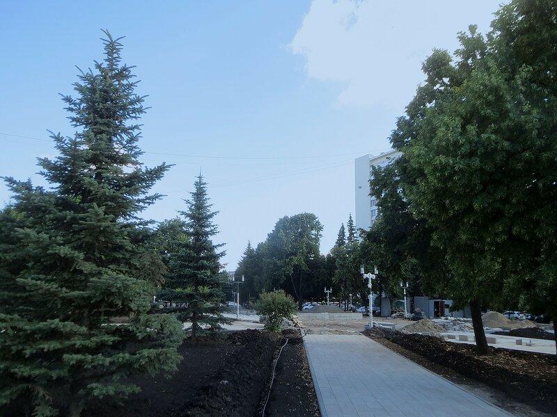 МЧС и монумент 045.JPG