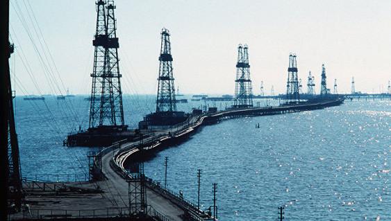 РФ вапреле снизила нефтедобычу на250 тысяч баррелей всутки
