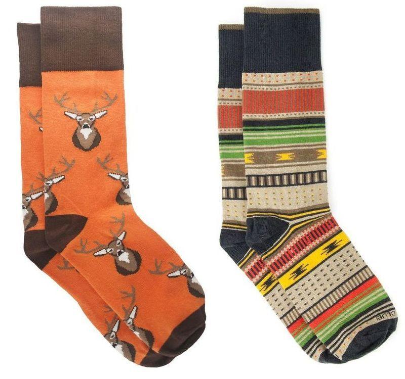 11. Подписка на ежемесячное получение пары носков.
