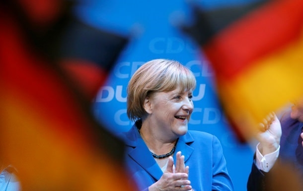 У Владимира Путина дразнят Меркель недоказанным воздействием на германские выборы