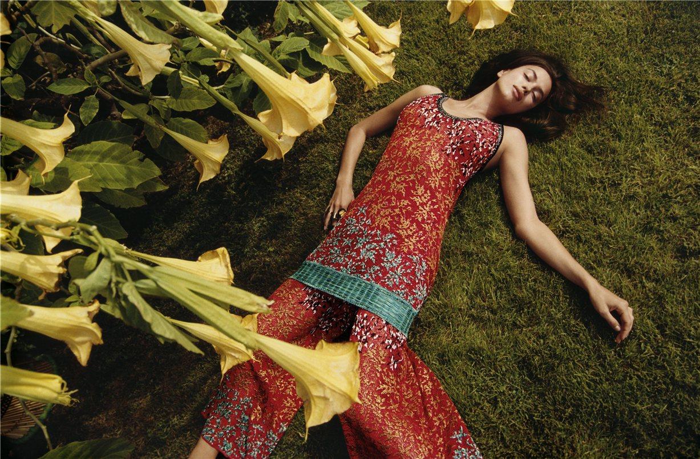 Irina Shayk / Ирина Шейк в модной коллекции Missoni, весна-лето 2017 / photo by Harley Weir