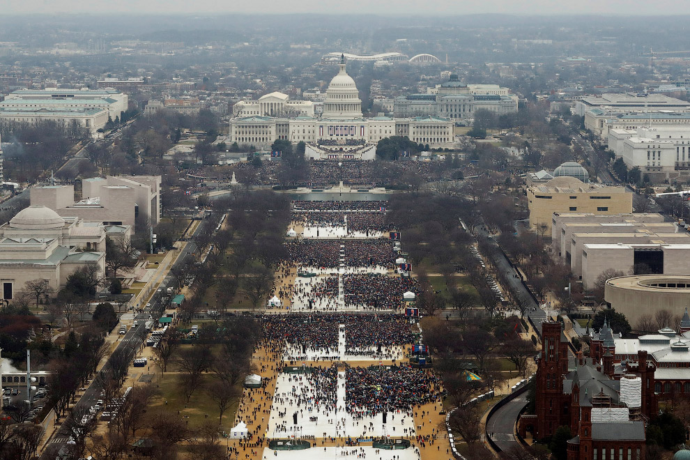 6. Едут. Президентский кортеж на пути к Капитолию, Вашингтон, 20 января 2017. Последний участок