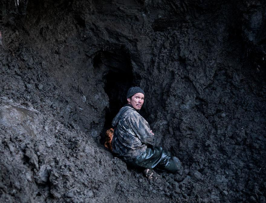 Однако большинство искателей зря проведут все лето за тяжелой работой в грязи и лишь потеряют вложен