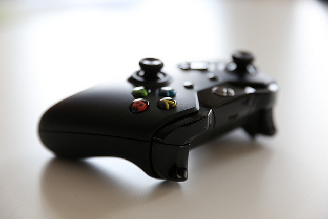 В РФ значительно упали вцене игровые приставки