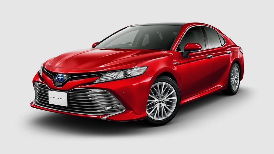 Toyota показала Camry для японского рынка