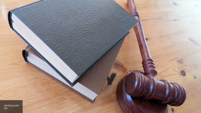 Суд Петербурга приговорил кштрафу дантиста, сломавшего челюсть пациентке