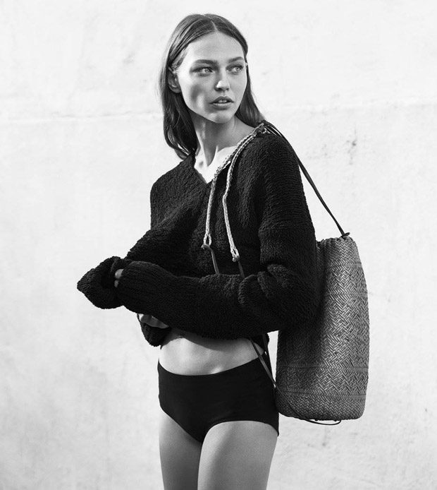 Sasha Pivovarova Stars in Frame Spring Summer 2017 Campaign (12 pics)