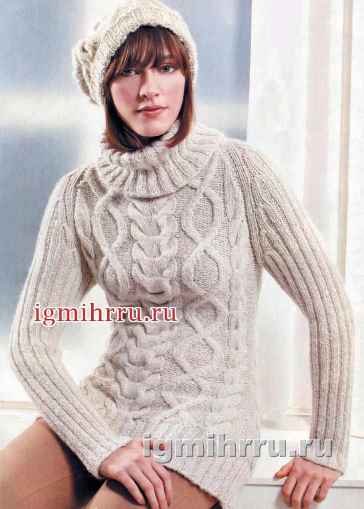 Светлый свитер с косами и ромбами. Вязание спицами
