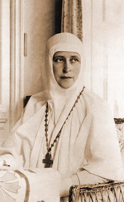 Служение. Великая княгиня Елизавета Федоровна - настоятельница Марфо-Мариинской обители милосердия.