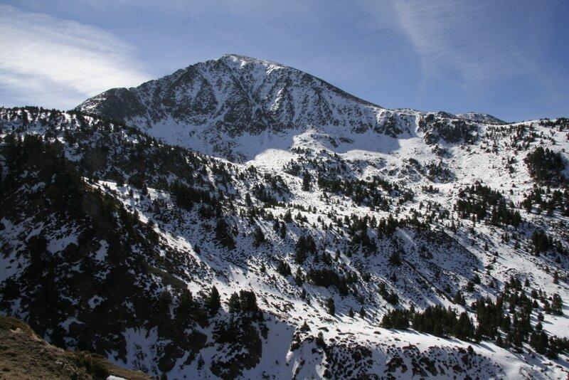 Андорра, Энкамп, заснеженная гора