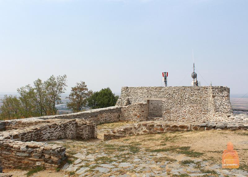 Руины крепости в Вршаце