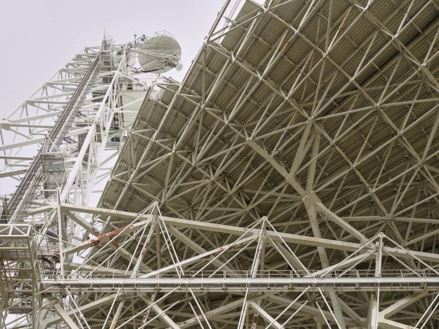 3. «Телескоп обладает чувствительностью, равной миллиардам миллиардов миллионов ватт… энергии,
