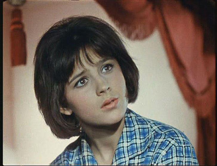 Наталья Варлей, 1966, «Кавказская пленница, или Новые приключения Шурика» — Нина.