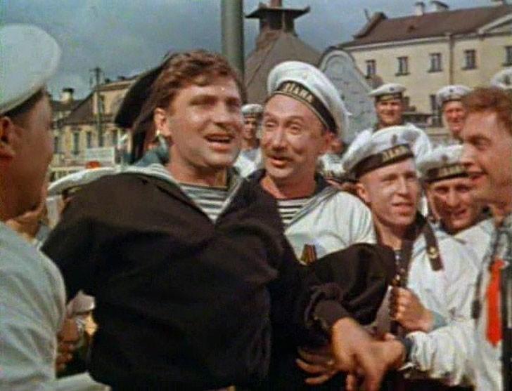 Алексей Смирнов, 1957, «Балтийская слава» — матрос с «Дианы».
