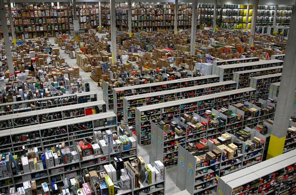 В настоящее время сервис Amazon.com охватывает 34 категории товаров. (Фото Tim Shaffer | Reuter