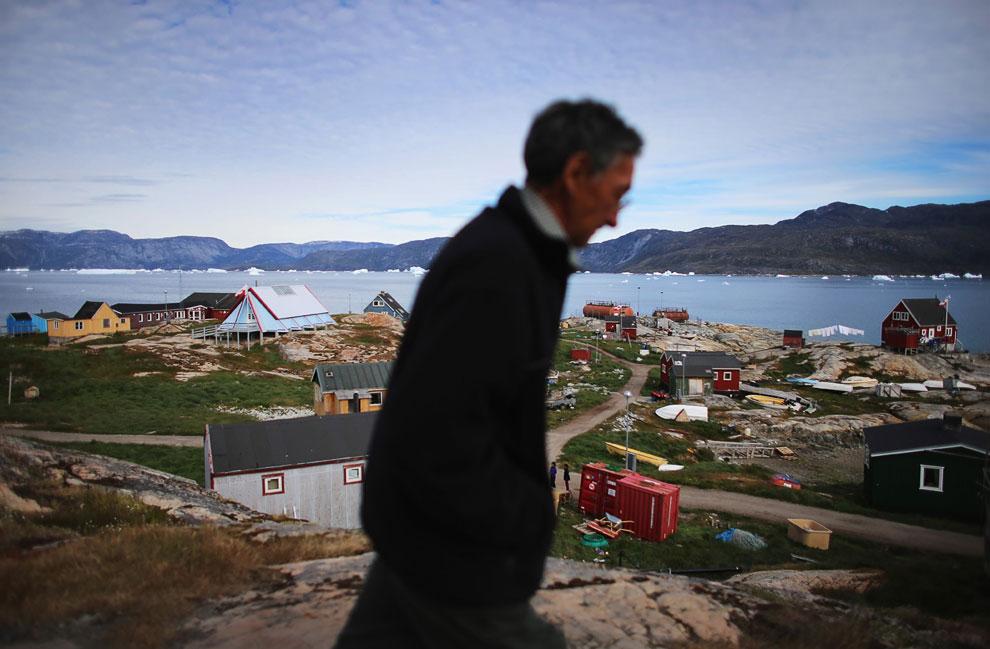 Давайте посмотрим,  как проходят свадьбы на острове Гренландия . Это молодожены, 20 и