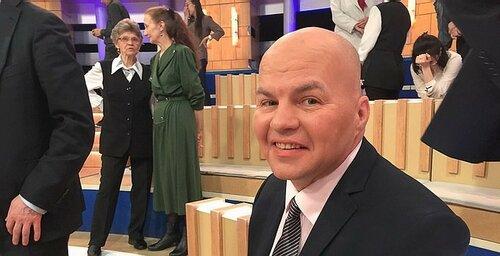 Зачем на ТВ гоняют Лысого? Или кто такие Ковтун, Яхно, Карасёв и другие упоротые с политических ток-шоу