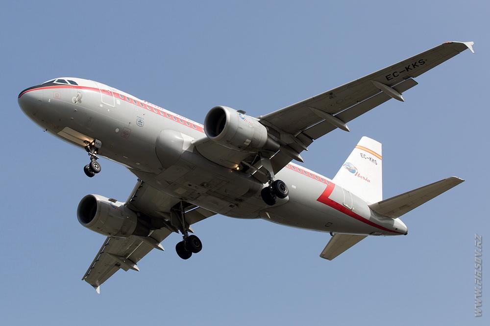 A-319_EC-KKS_Iberia_2_FRA.JPG