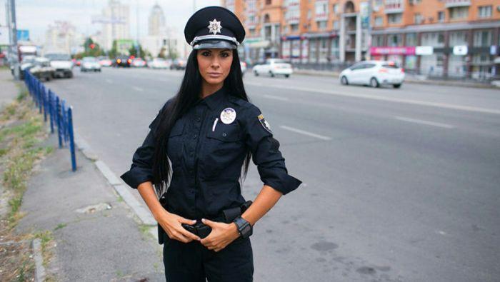 Девчонки на страже порядка