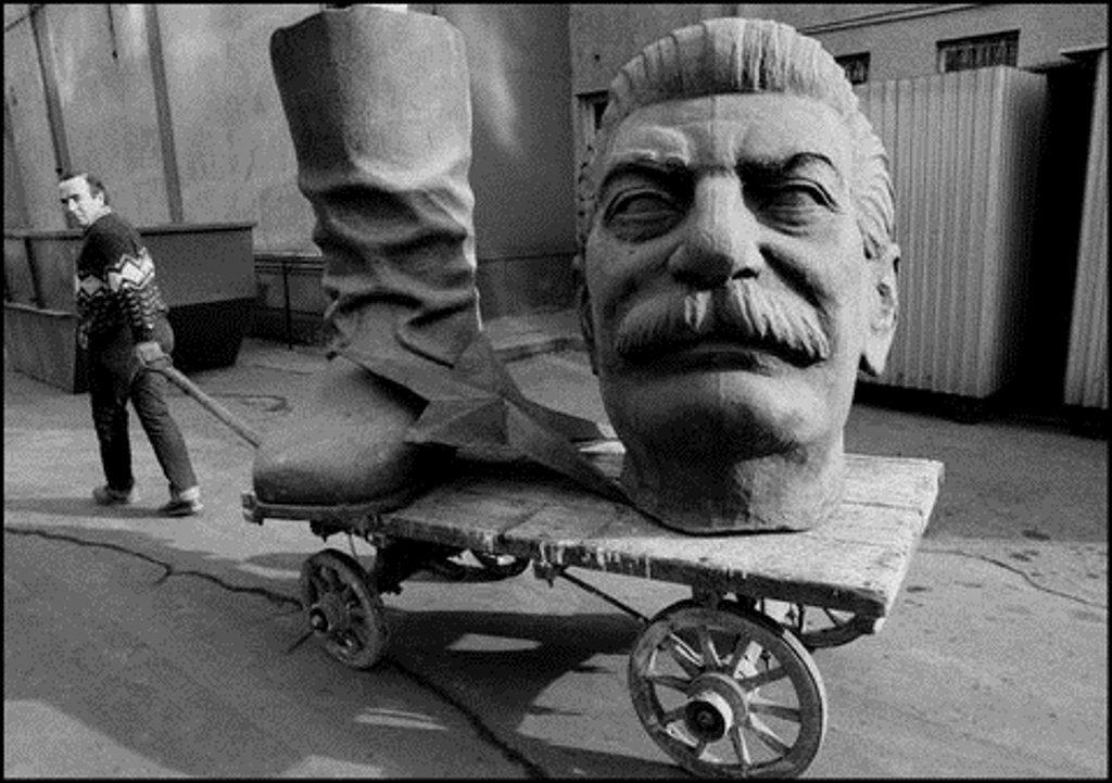 stalin-talicskan.jpg