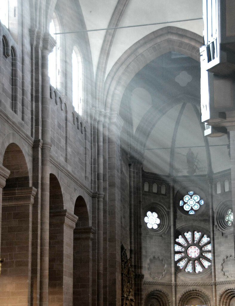 Вормсский собор. интерьер