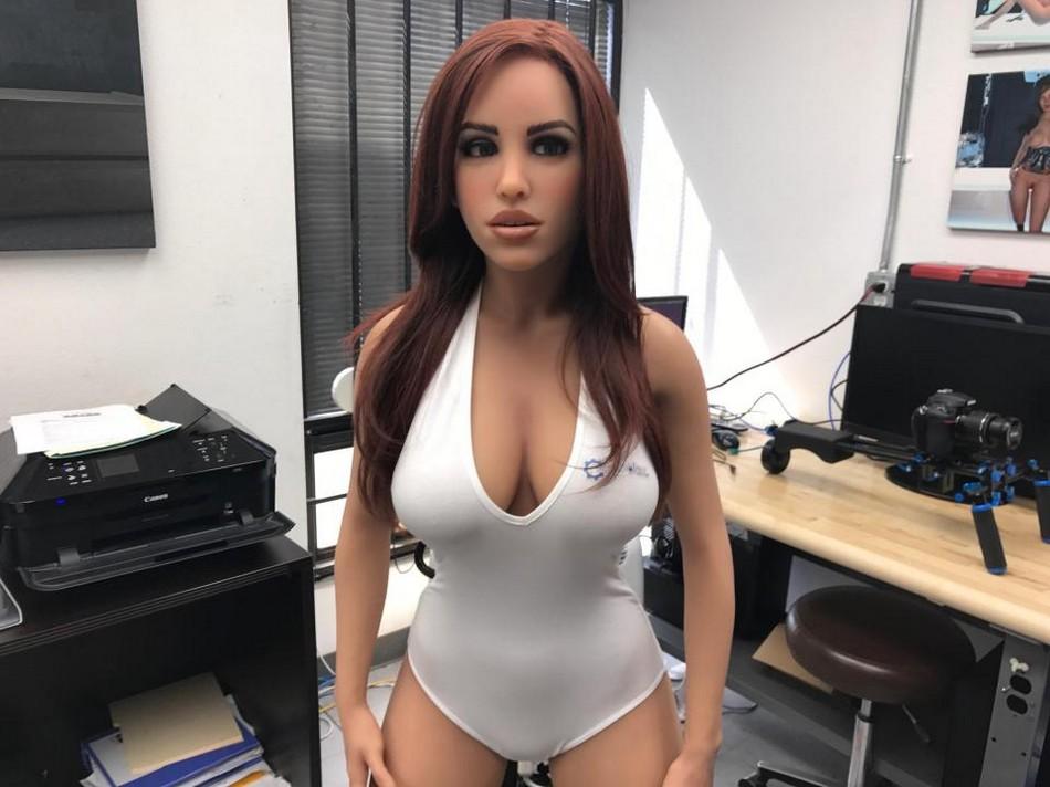 Каких секс-роботов предпочитают покупатели