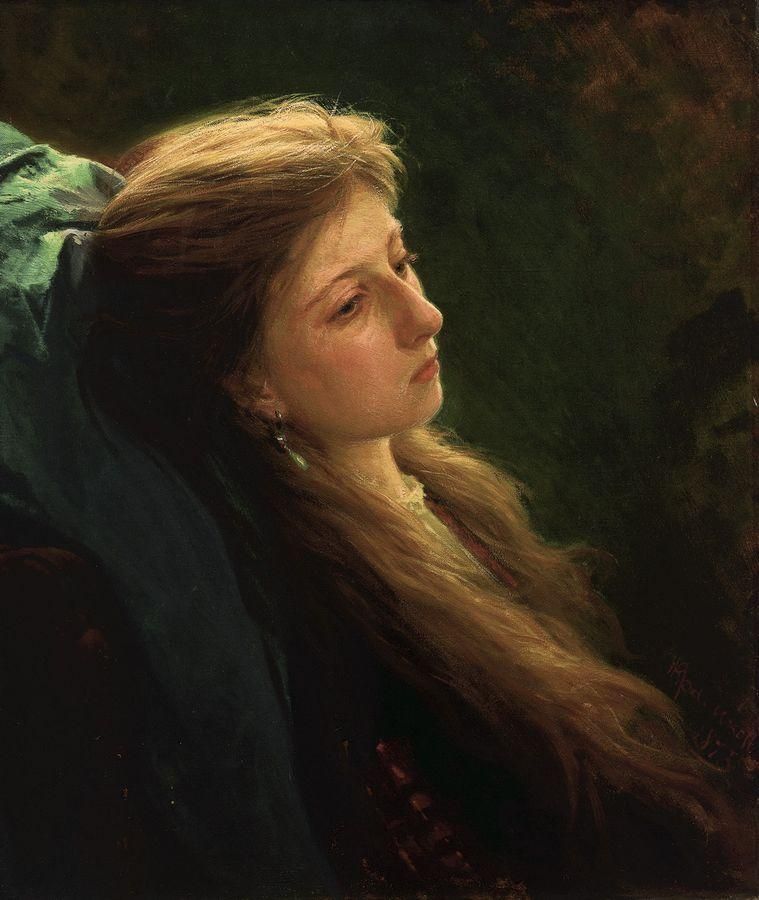 Девушка с распущенной косой.jpg