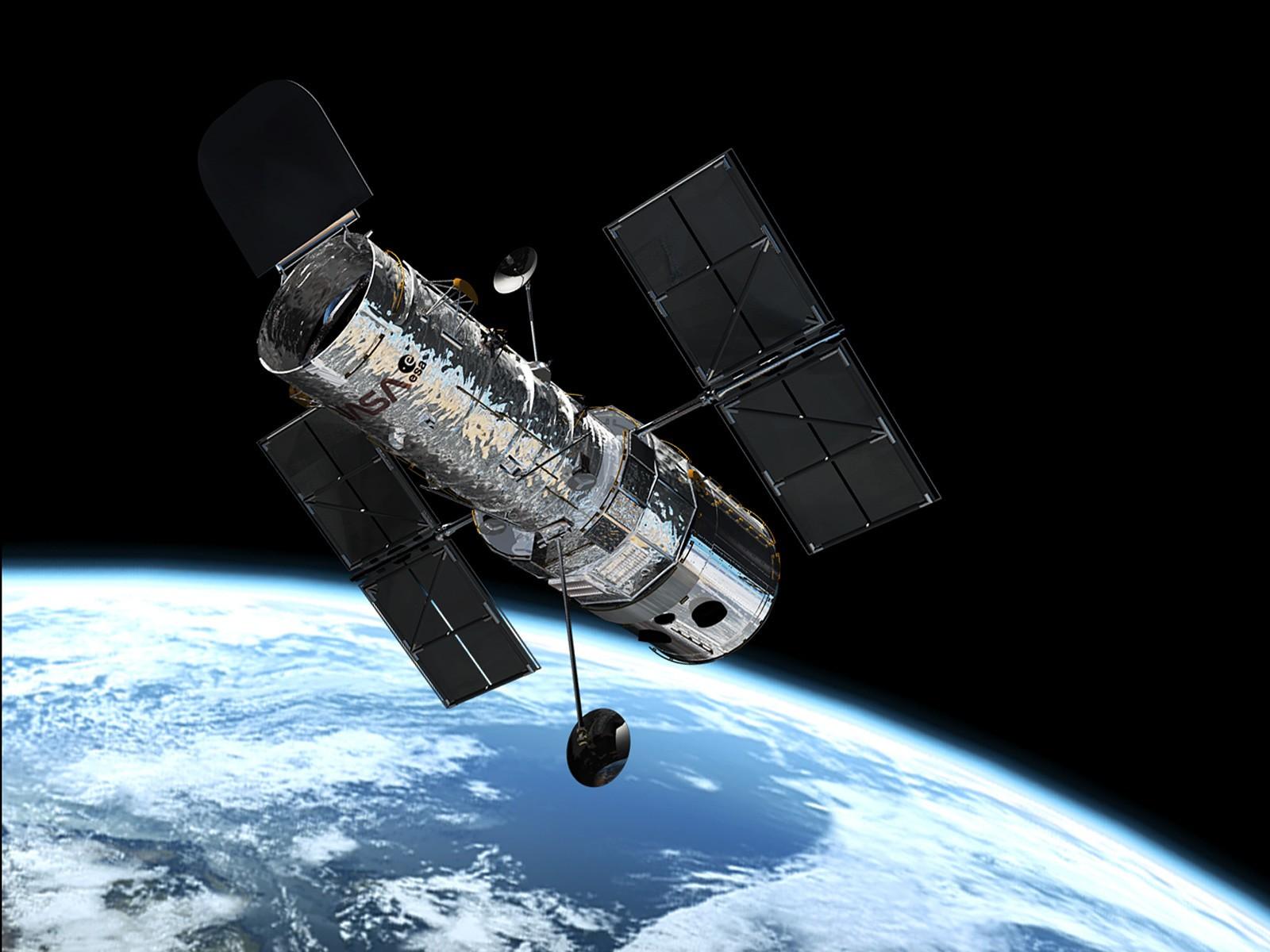 Телескоп «Хаббл» сообщил  фото черной дыры, противоречащей физике