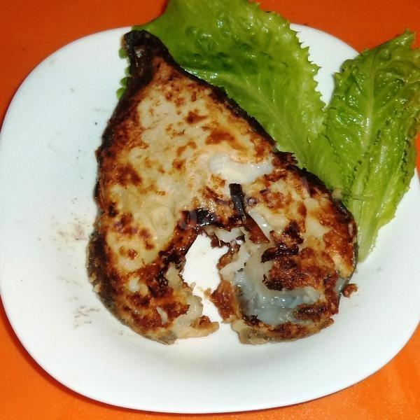 Готовим стейк из зубатки на сковороде (1 фото)