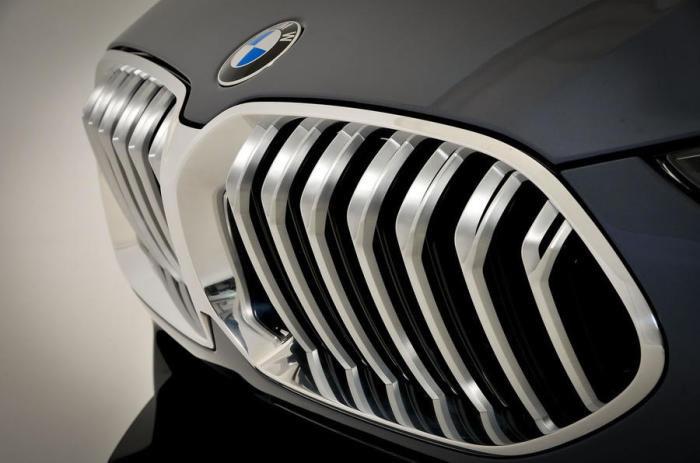 Высокие технологии, применяемые на BMW 8 Series, вскоре уже перестали быть чем-то особенным, а на во