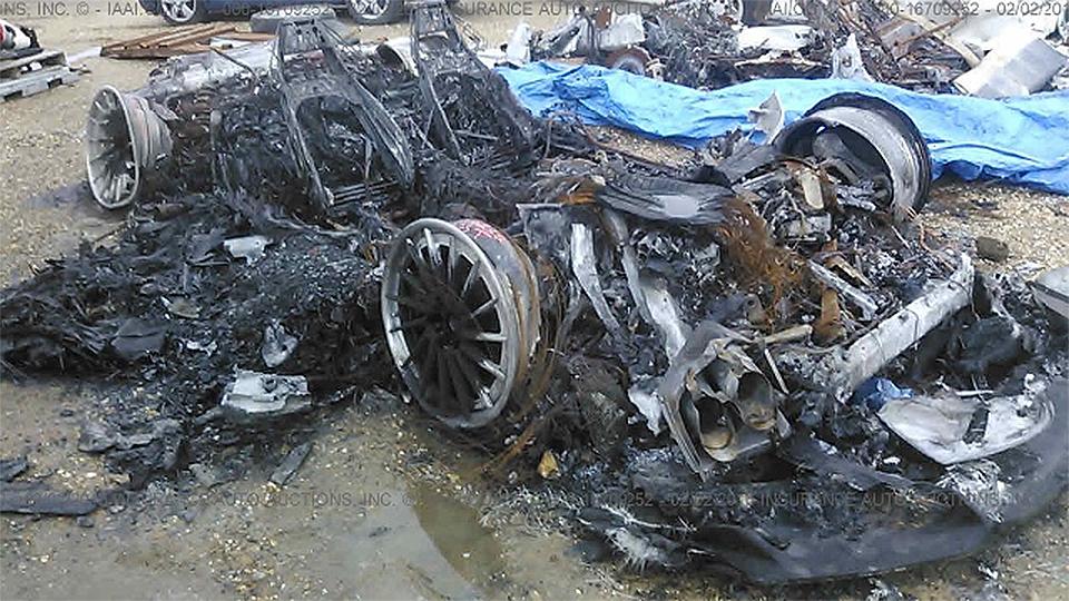 Остатки сгоревшего Lamborghini Huracan предлагают купить за5 долларов