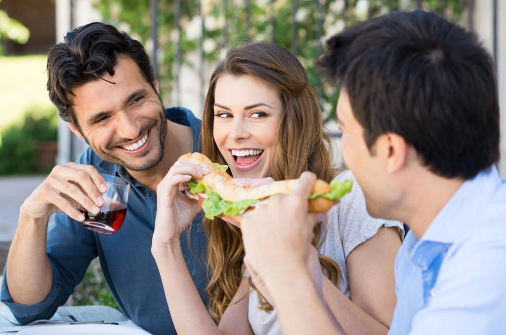 Запах чеснока отмужчин возбуждает женщин— Ученые