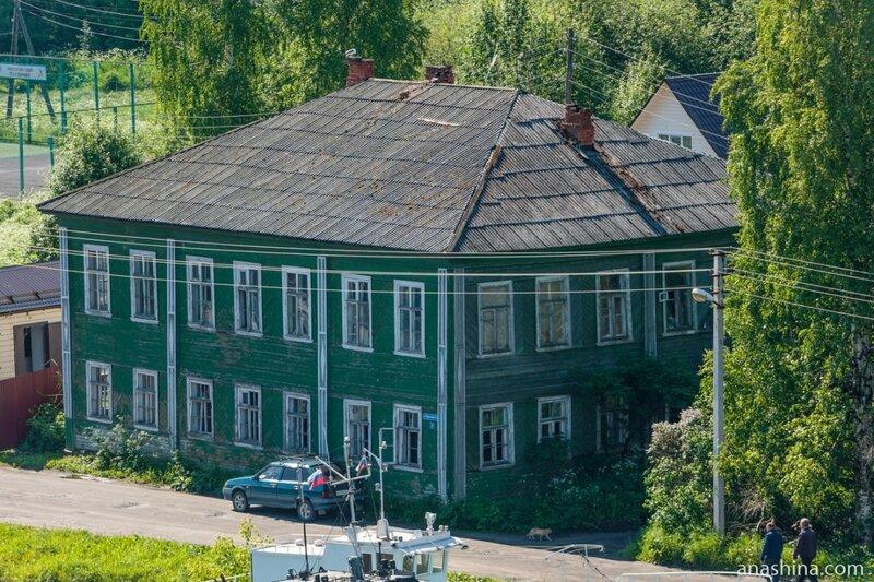Старый двухэтажный дом, Вытегра