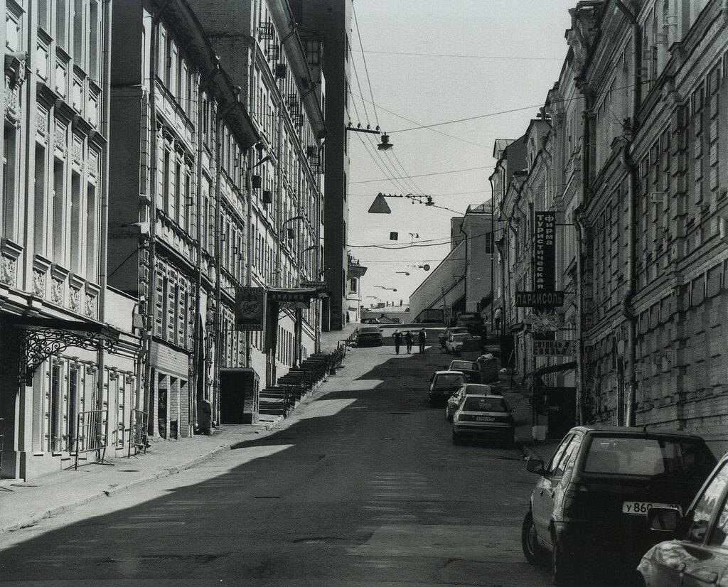 157285 Нижний Кисельный переулок Ilya Keytelgisser кон 90-х.jpg