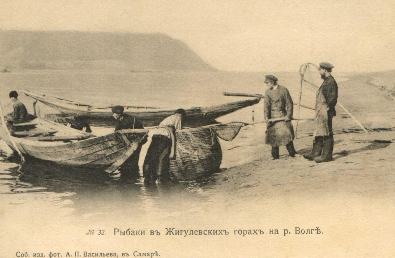 Окрестности Самары. Рыбаки в Жигулевских горах на Волге