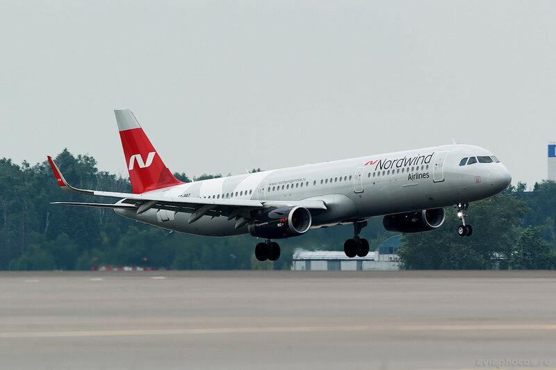 Airbus A321-211 (VQ-BRT) Nordwind 220_D802027
