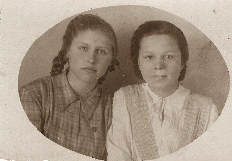 Женя и Клара.