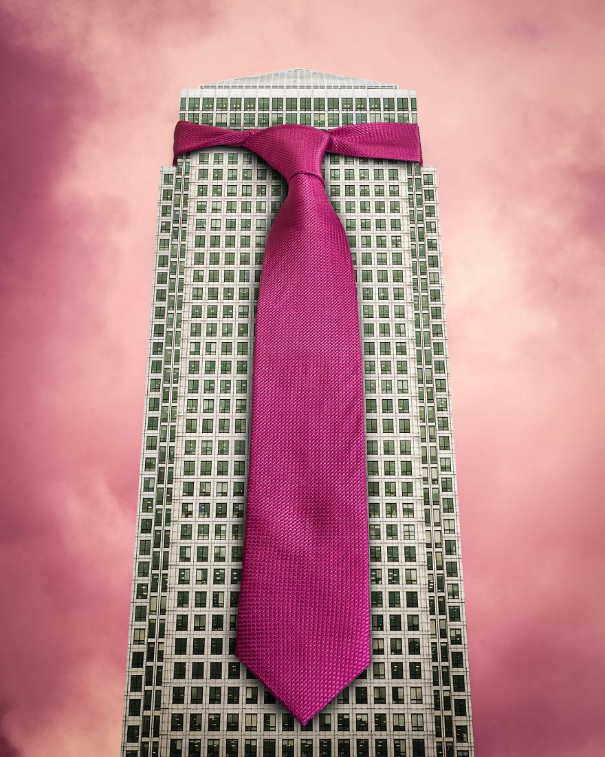 «Костюмы» (Suits).
